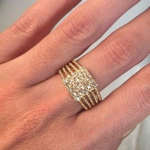 Gorgeous Gold plated ring with Cubic Zirconias